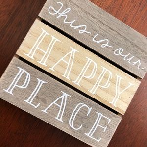 "Wooden Decor Box ""This is our happy place"""